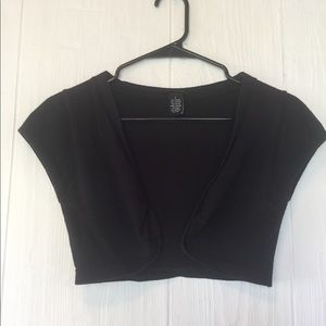 Rue 21 cropped shrug sweater